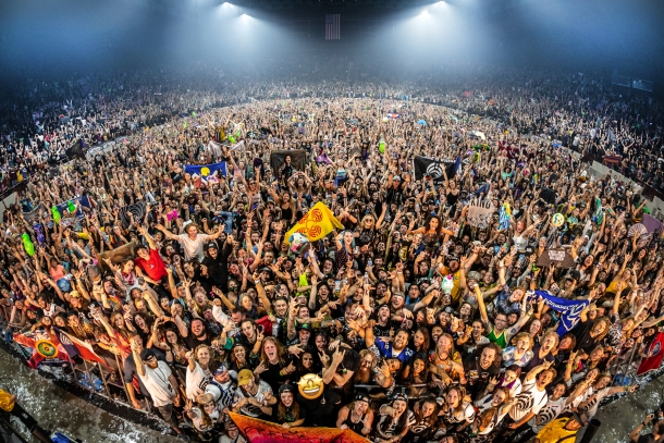 Bassnectar-Freestyle-Party-Family-Photo